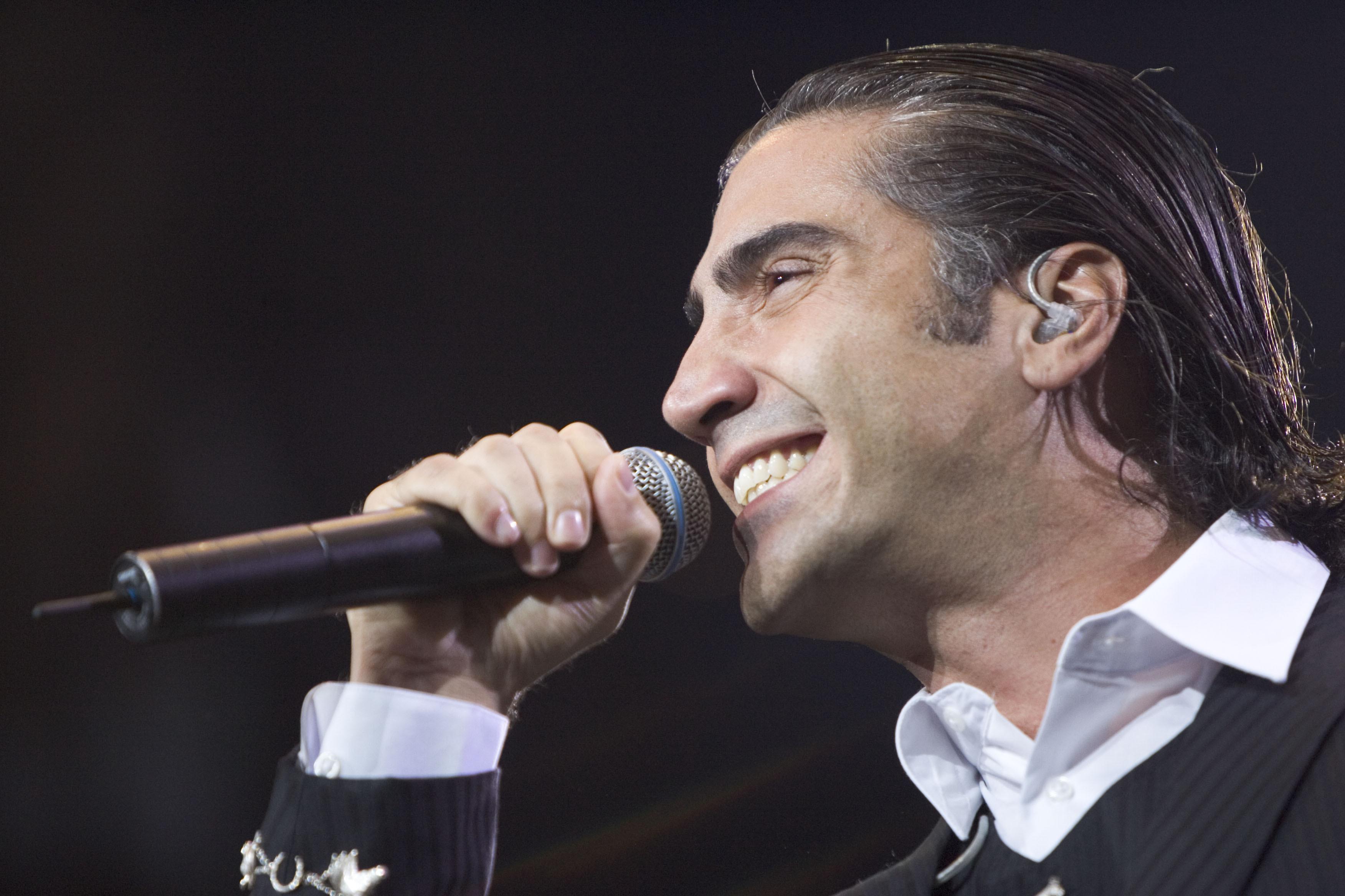 Alejandro Fernández dará concierto gratuito en el Zócalo de la CDMX