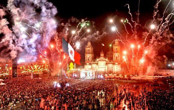 ¡Viva México! ¡Viva México! ¡Viva México!